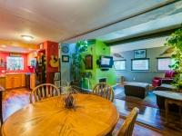 18. Dining Room 1