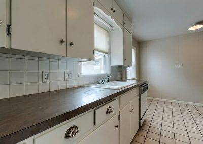 e. 1620 Montview Rd. Kitchen 2