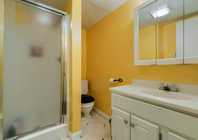 o. 1620 Montview Rd. Downstairs Bathroom 1