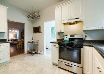 813 Laporte Ave. e. Kitchen 4