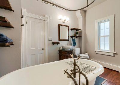 813 Laporte Ave. g. Bathroom 1b