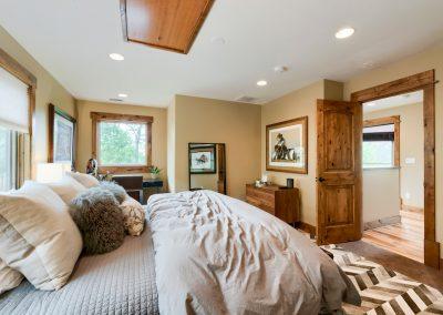 Upstairs Bedroom 1c
