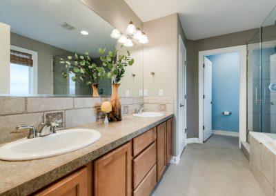 1739 Misty Creek -- Upstairs Master Bathroom 1